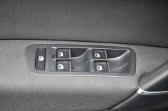 Volkswagen-Golf Sportsvan-33