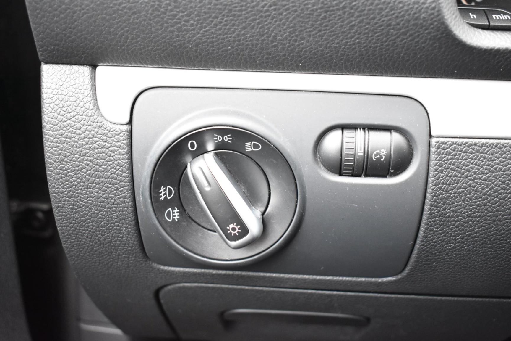 Volkswagen-Scirocco-22