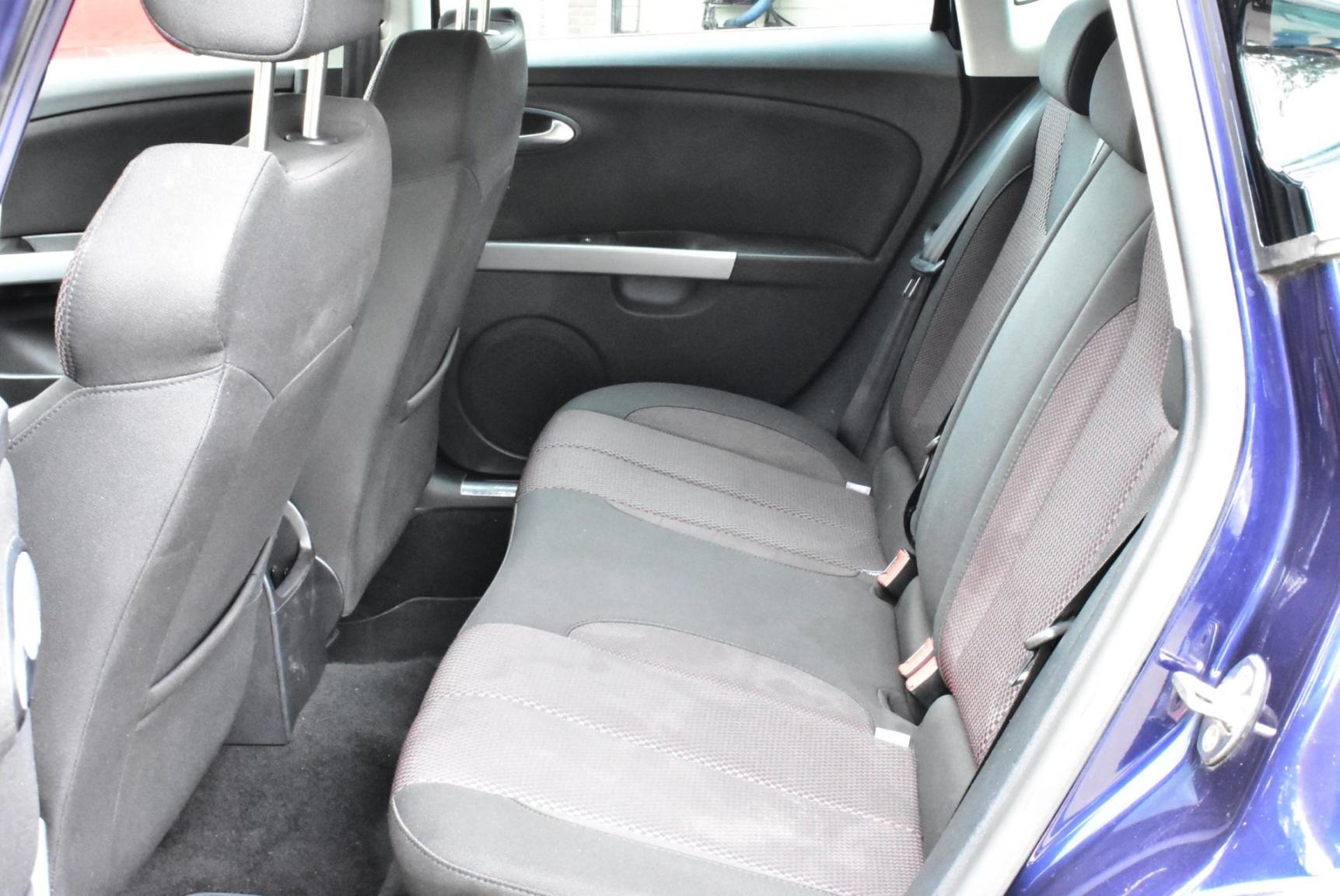 SEAT-Leon-11